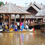 四方水上市场(Floating 4 Park market)