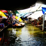 大林江水上市场(Taling Chan Floating Market)