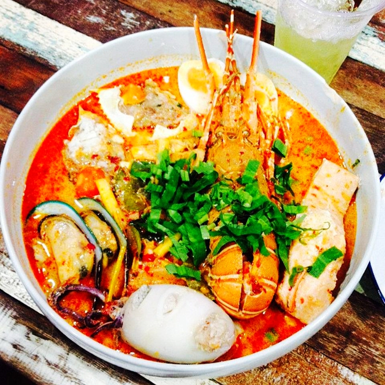 BAngkok Lobster TomYam Mee