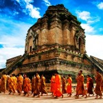 隆圣骨寺(Wat Chedi Luang)